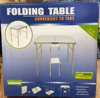 Складной стол с 2 стульями, размер 60х90см